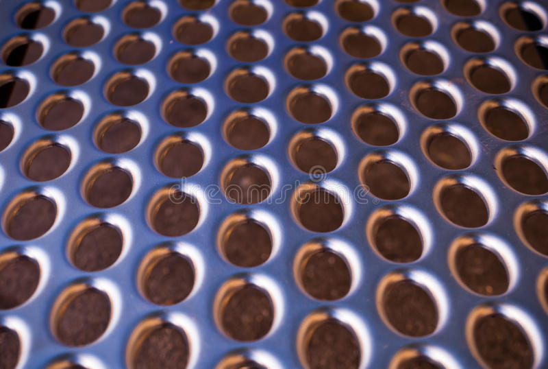 2 τρυπημένο μέταλλο ομαλό στοκ φωτογραφίες