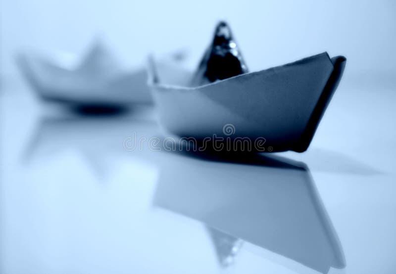2 бумажных корабля стоковое фото rf