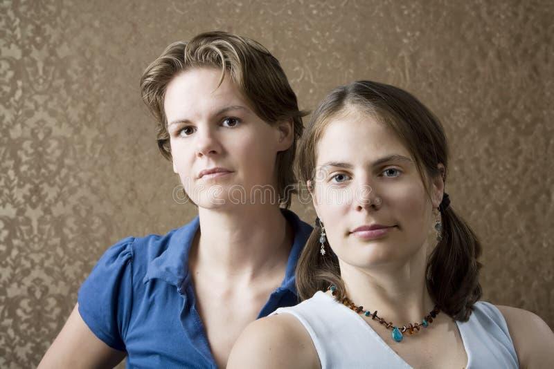 2 женщины стоковые изображения rf