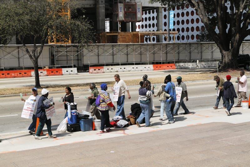 2 работника торговлей трудных забастовки конструкции стоковая фотография