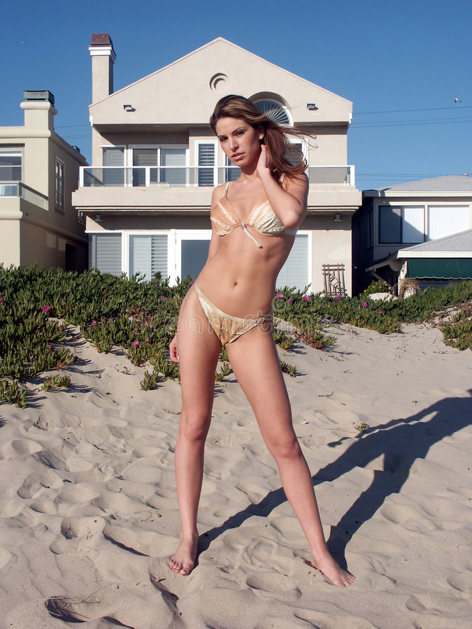 2 Bikini Danielle Arkivfoto