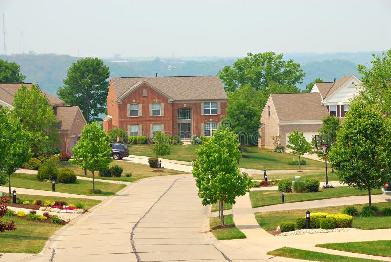 2 case suburbane del mattone di storia fotografia stock