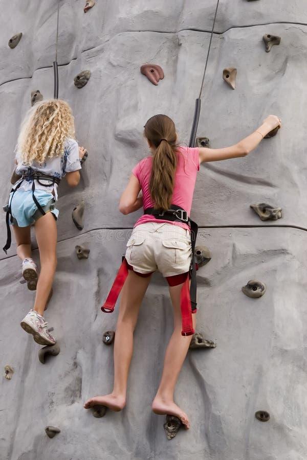 2 dziewczyn wspinaczkowa rock fotografia stock