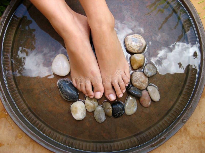 2 fot massage arkivbilder