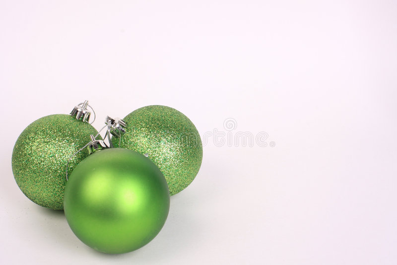 2 gröna prydnadar arkivbilder