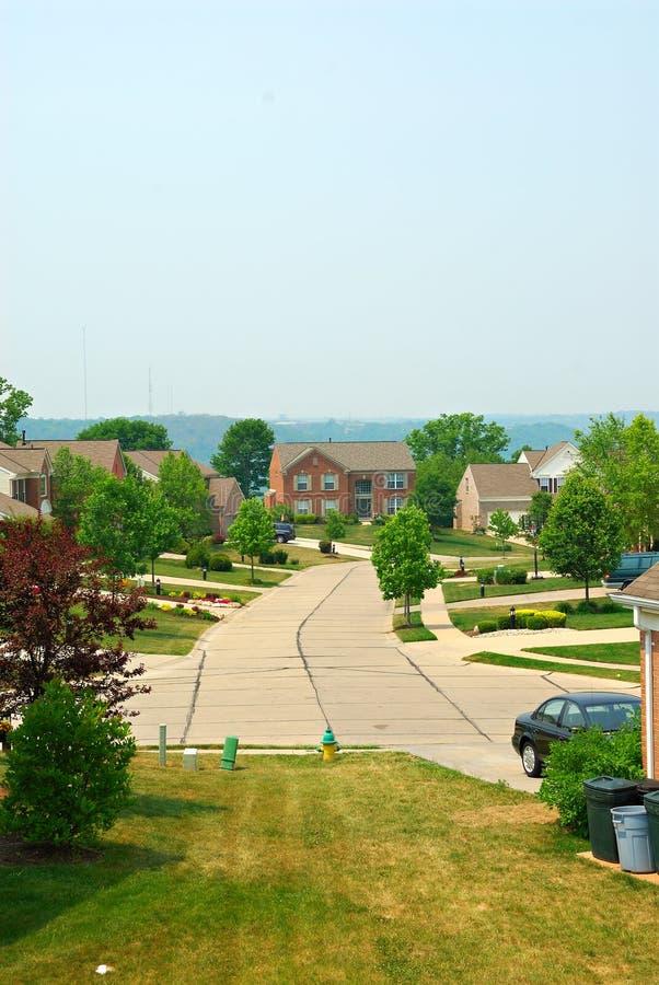 2 HOME suburbanas do tijolo da história fotografia de stock royalty free