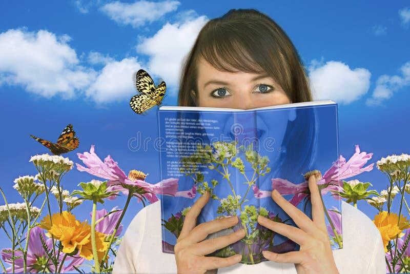 2 lesen Buch obraz stock