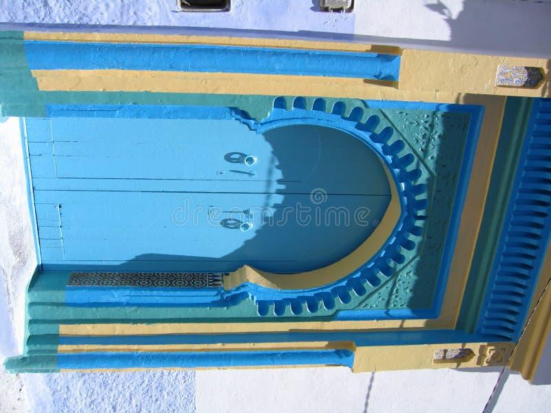2 niebieskie drzwi zdjęcie royalty free