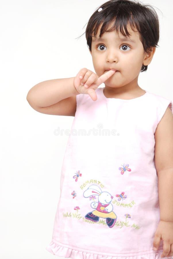 2 ou 3 années de bébé photographie stock libre de droits