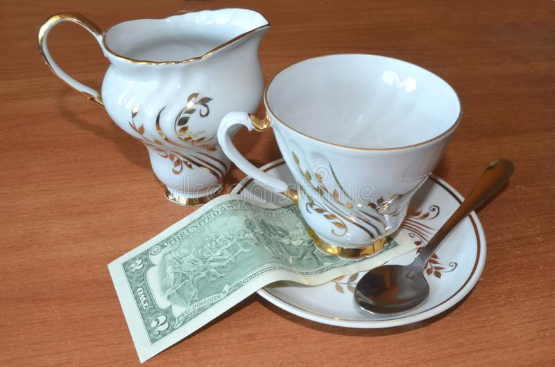 $ 2 para el té fotografía de archivo