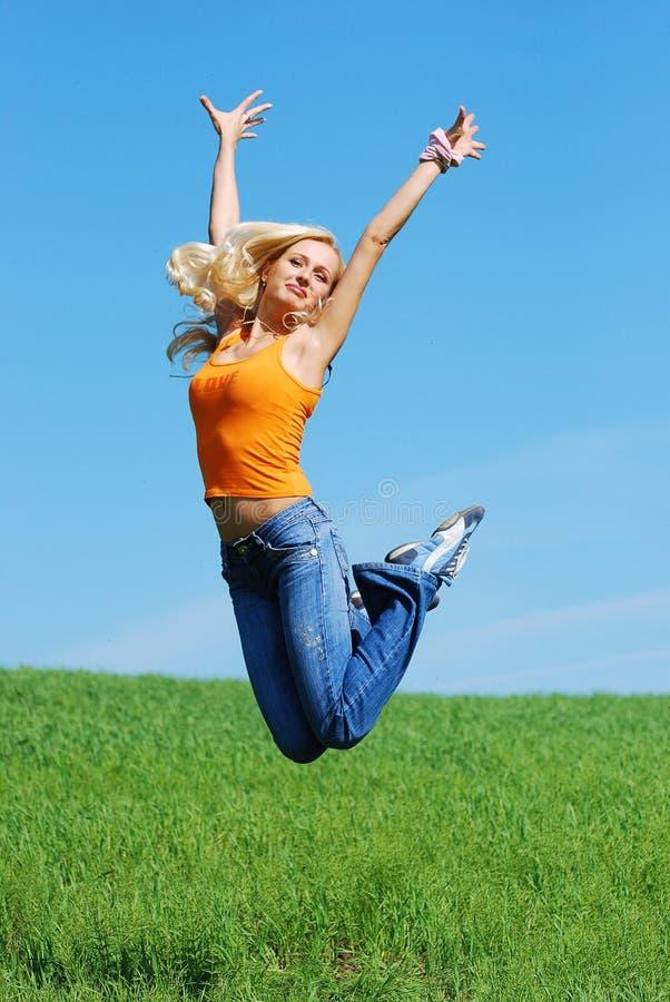 2 skoków ładna kobieta zdjęcie stock
