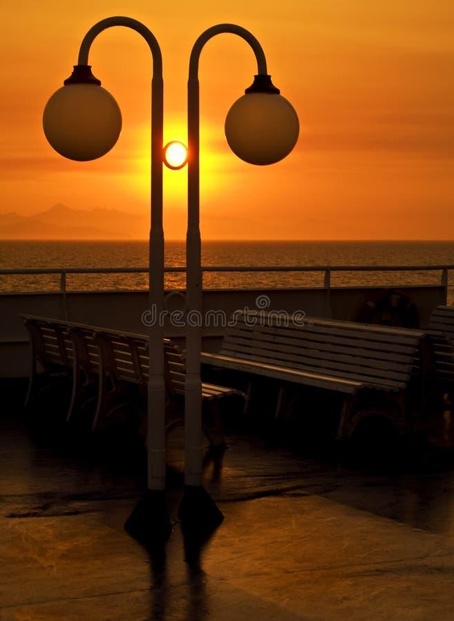 Download 2 statek zdjęcie stock. Obraz złożonej z ławka, ciepły - 13327228