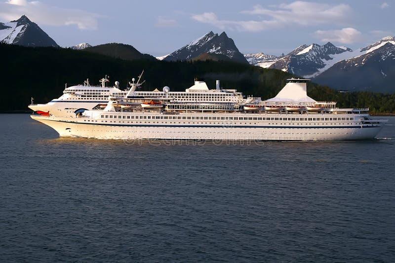2 statków wycieczkowych wschód słońca obraz royalty free