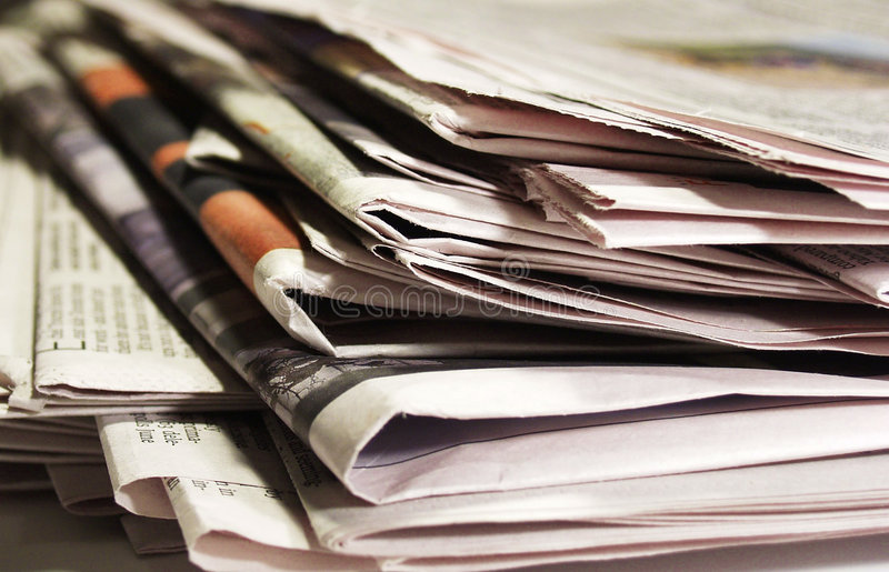 2 tidningar arkivbilder