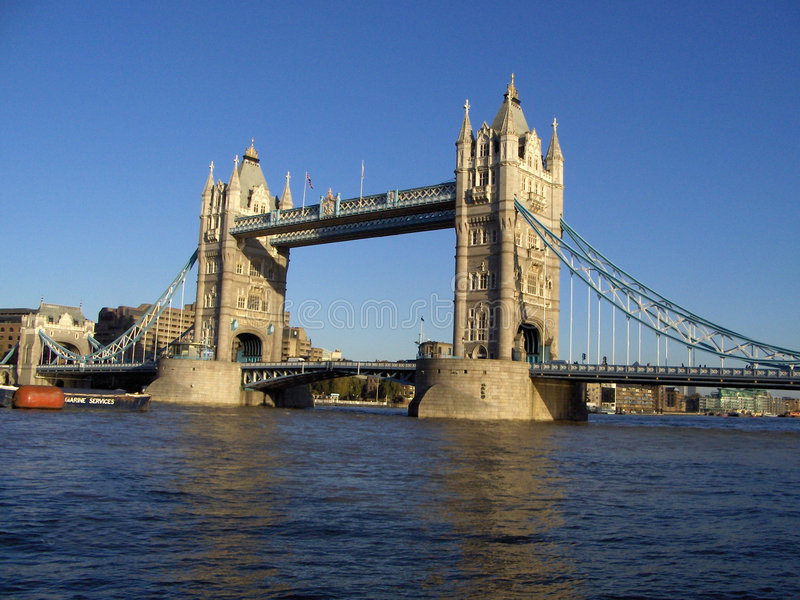 2 tower bridge fotografia stock