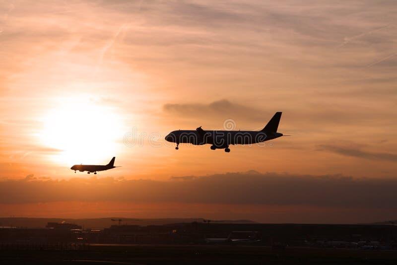 2 vliegtuigen royalty-vrije stock fotografie