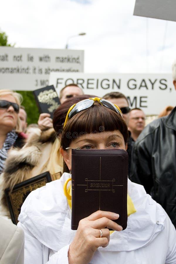 2009 mot stolthetprotestors riga arkivbild