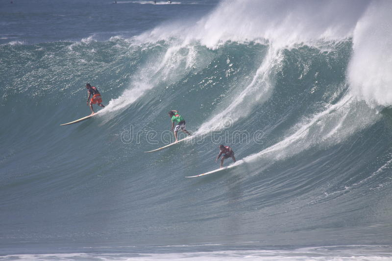 Download 2009 Quicksilver Eddie Aikau Big Wave Event Editorial Stock Image - Image: 12209714