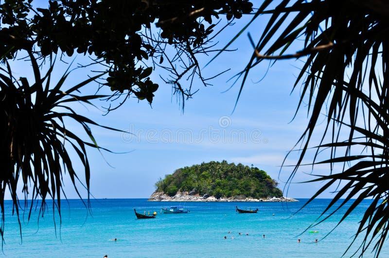 2010 april strandkaron phuket thailand fotografering för bildbyråer