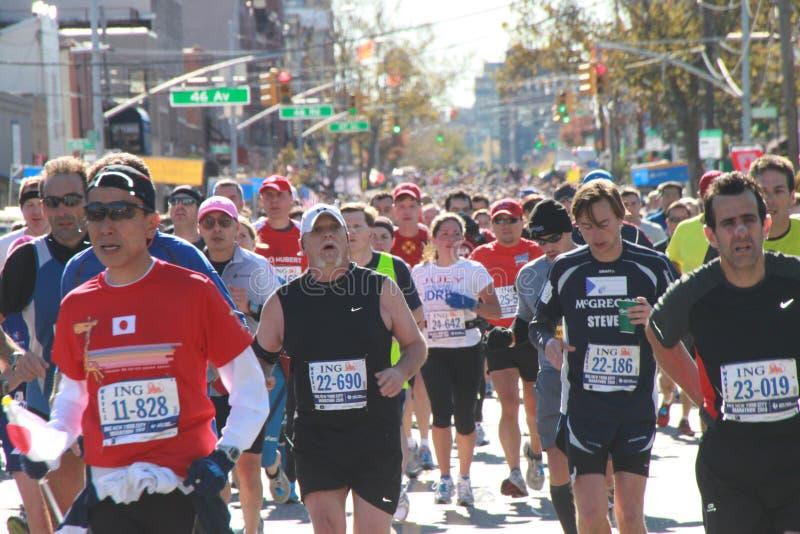 Download 2010 Corredores De Maratona De NYC Foto Editorial - Imagem de duração, marathon: 16863066