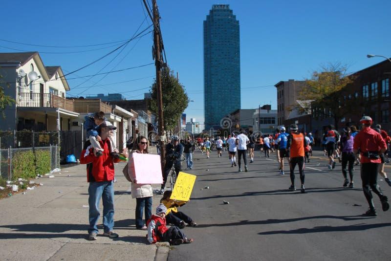 2010 corredores de maratona de NYC imagens de stock royalty free