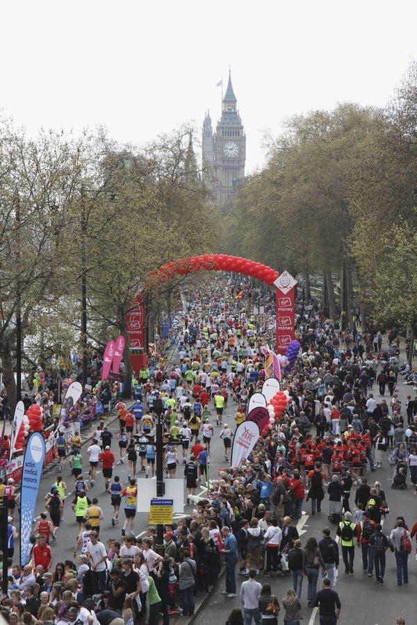2010 London Maratonu Sponsorowana Dziewica Obraz Stock Editorial