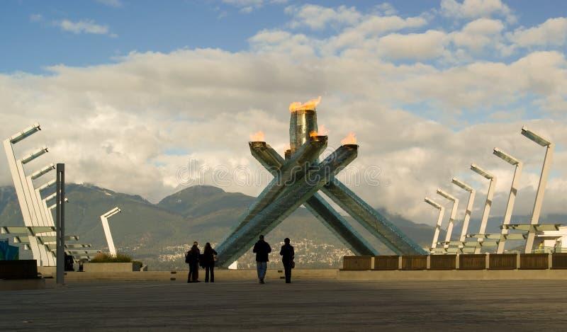 2010 olympic fackla vancouver royaltyfri bild