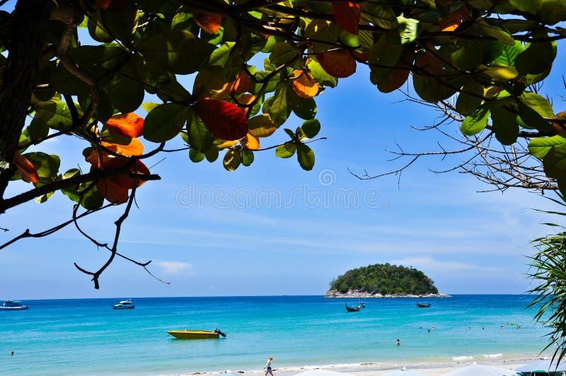 2010 plażowy Kwiecień karon Phuket Thailand zdjęcie stock