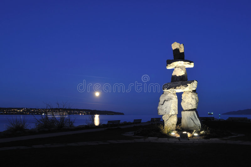 2010 podpalanego angielskiego inukshuk olimpijski symbol zdjęcie stock