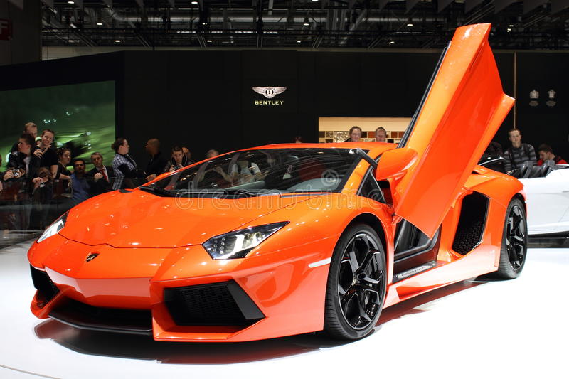 2011年aventador日内瓦lamborghini汽车展示会 免版税图库摄影