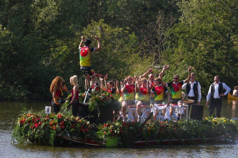 2011 flottörhus blomma ståtar westland fotografering för bildbyråer
