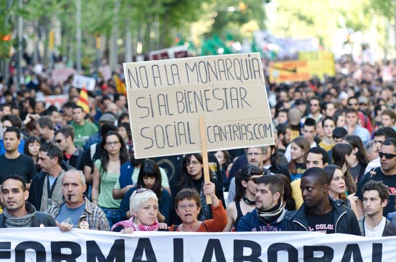 2012 anti demonstration för stångkapitalismdag kan royaltyfri foto