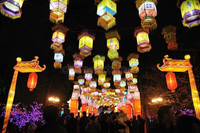 2012 kinesiska tempel för nytt år som är ganska i Chengdu royaltyfria foton