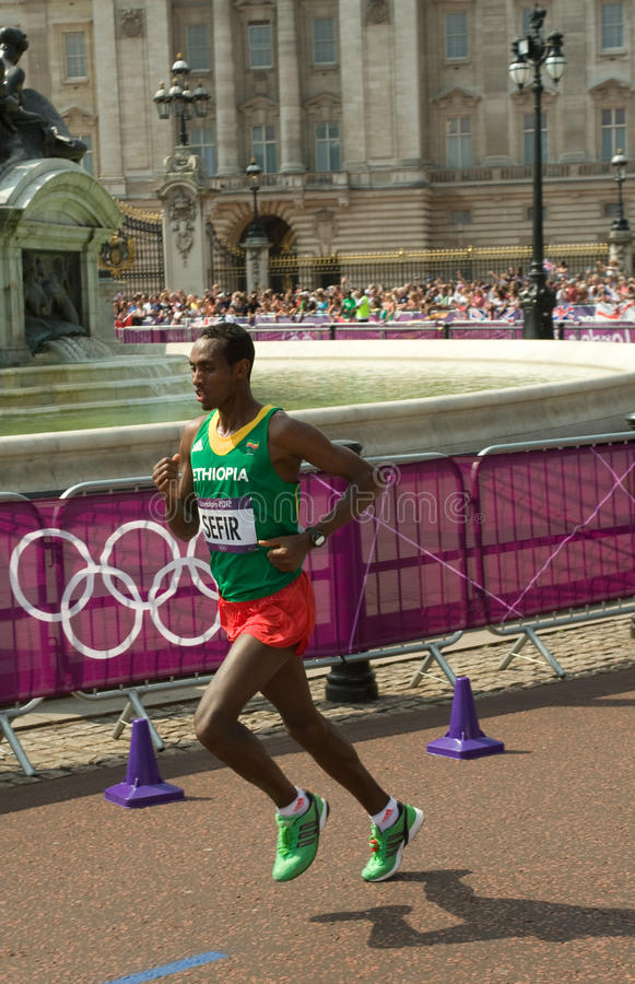 Download 2012 Olympic Marathon editorial photography. Image of marathon - 26124747