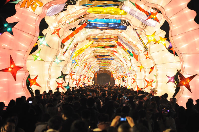 Download 2013 Chinese Lantern Festival In Chengdu Editorial Photography - Image: 29420607