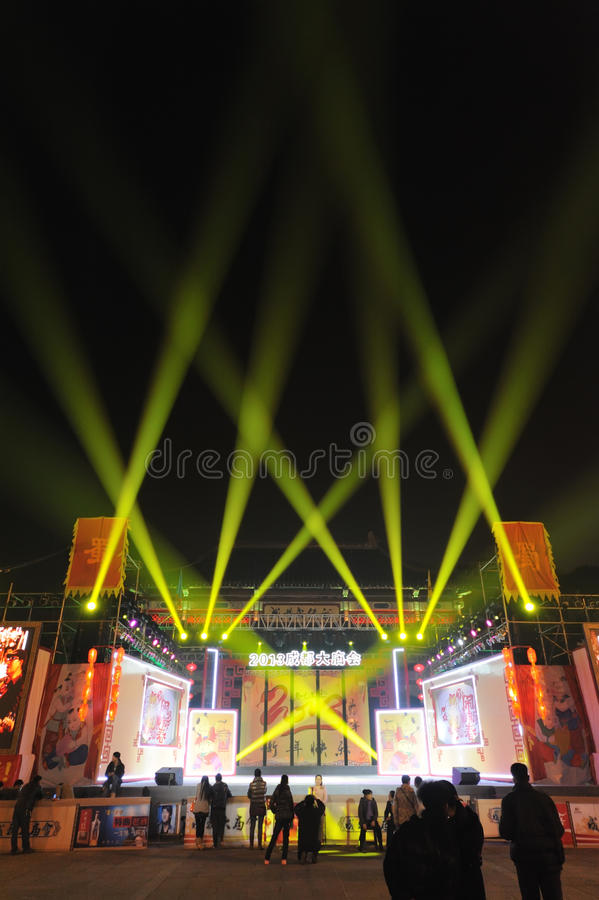 Download 2013 Chinese New Year Lantern Festival And Temple Fair Editorial Stock Image - Image: 29072919