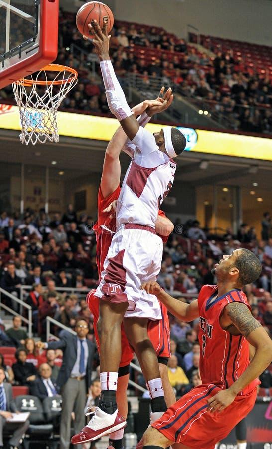 2013 NCAA het Basketbal van Mensen - schot stock fotografie