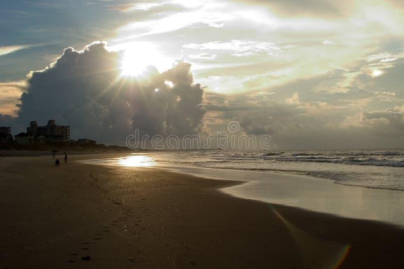 卡罗来纳州Emerald Isle北部日出 库存图片