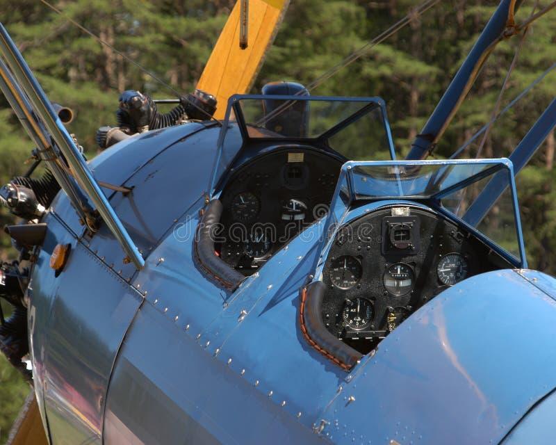 双翼飞机驾驶舱葡萄酒 库存图片