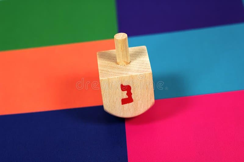 木的dreidel 免版税库存照片