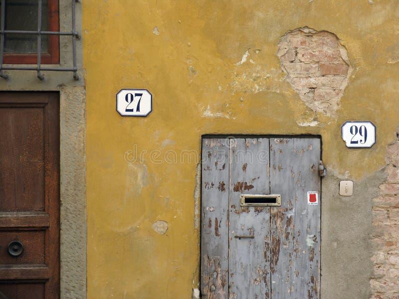 Download 27 ou 29? imagem de stock. Imagem de parede, florença, velho - 57777