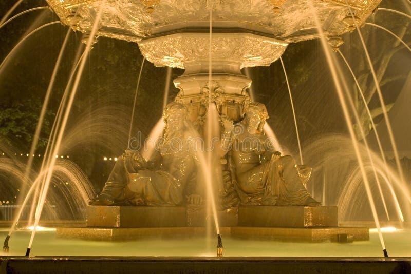 3个喷泉晚上 免版税库存图片