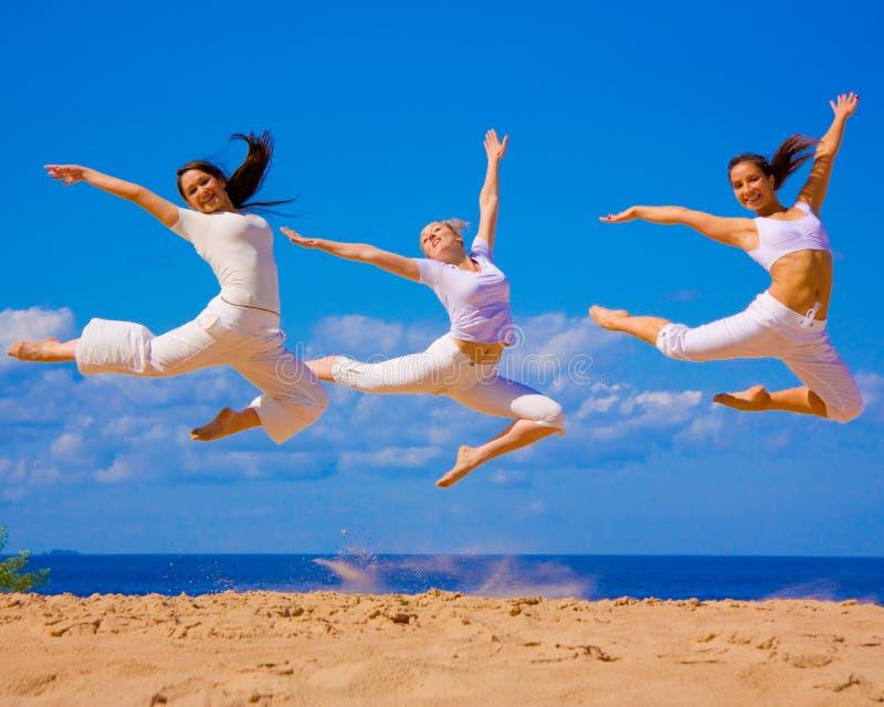 3个有效的女孩 免版税图库摄影
