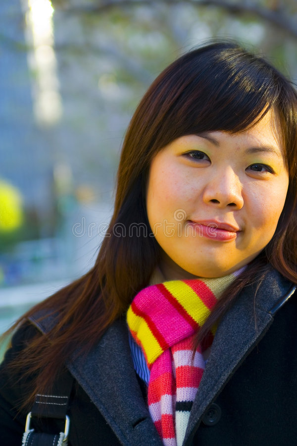 3年轻人的亚裔接近的女孩 免版税图库摄影