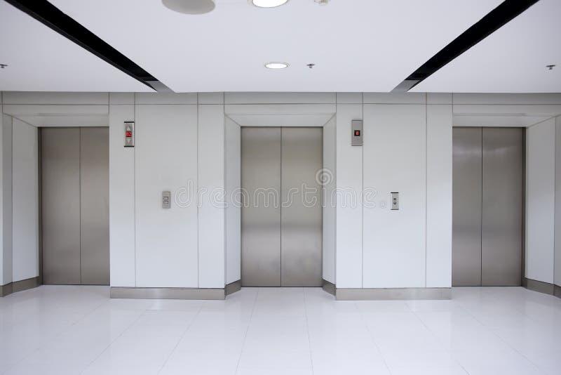 3编译的电梯办公室 图库摄影