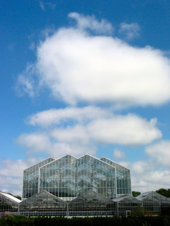 3间温室天空 免版税库存图片
