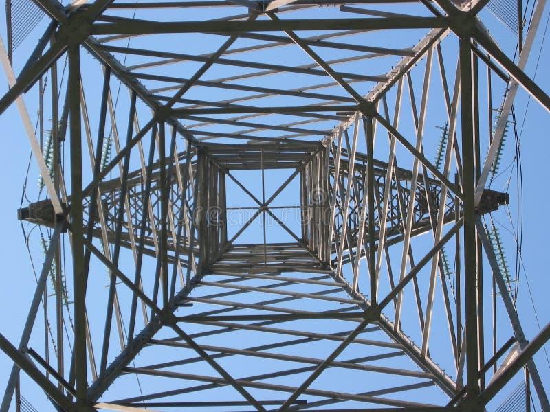 Download 3高塔电压 库存图片. 图片 包括有 伏特, 框架, 配电器, 电压, 定向塔, 能源, 天空, 当前, 峰值 - 194229