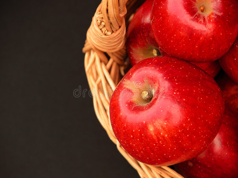 3 äpplekorgvitaminer arkivfoton