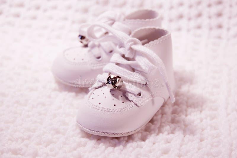 3 παπούτσια ζευγαριού μωρώ στοκ εικόνες