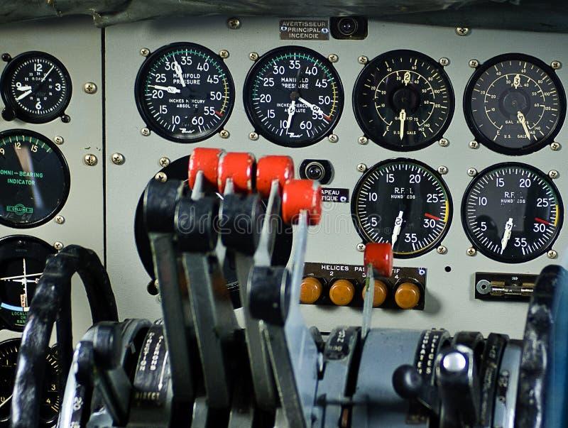 3 όργανα αεροσκαφών παλαιά στοκ εικόνες